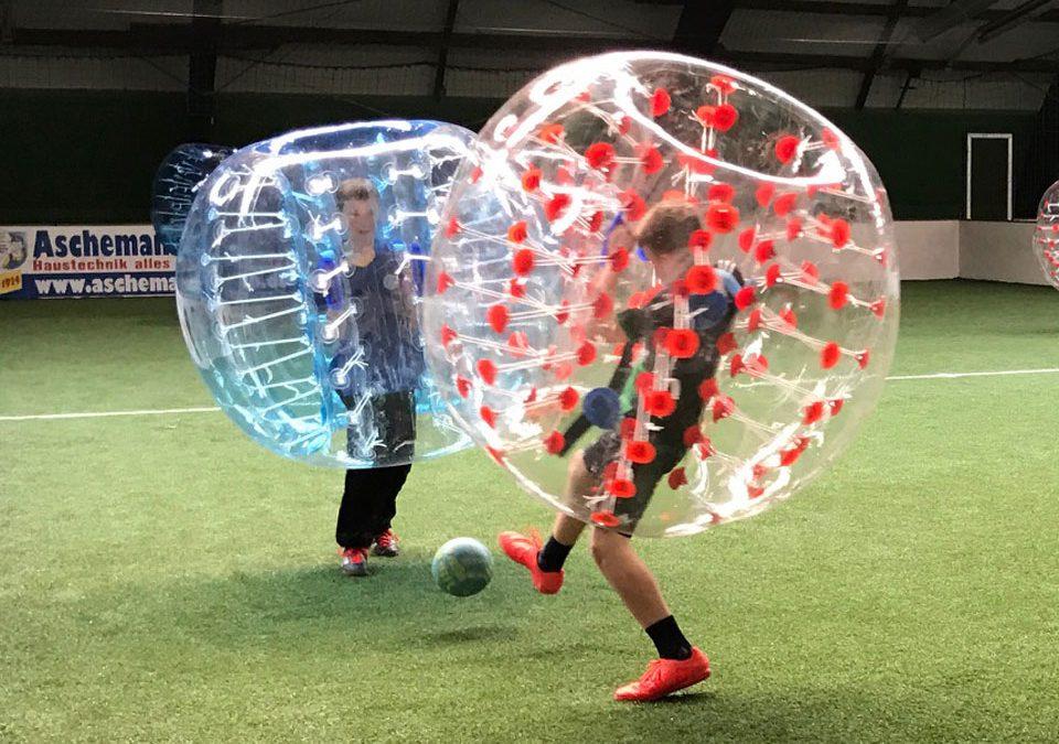 Soccer Center Osnabrück   Bubble Ball in Aktion
